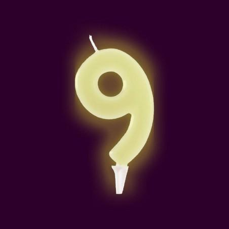 Vela fluorescente numero 9